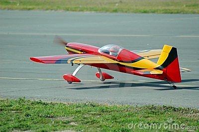 Rc Vliegtuig Opstijgen