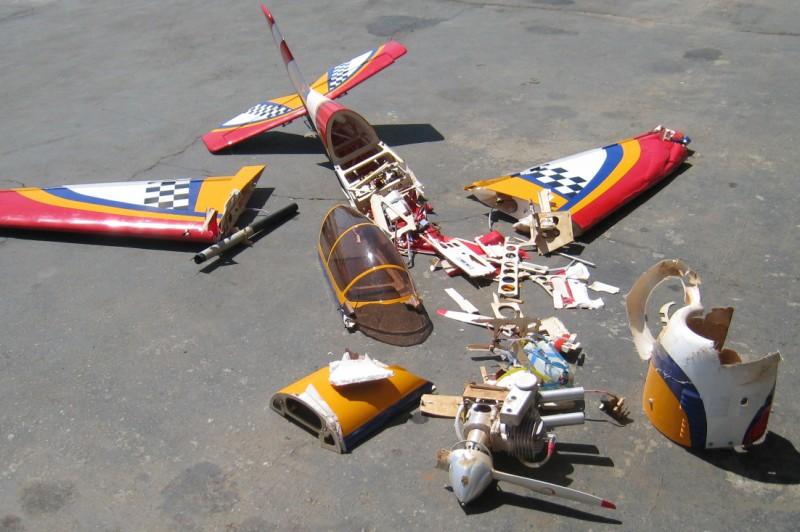 Rc Vliegtuig gecrasht